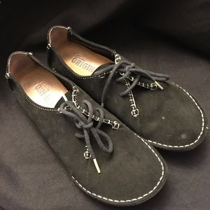 Clarks Originals-Black Rounded Toe, Size: 8-1/2